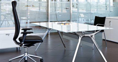 mesas de cristal de oficinas